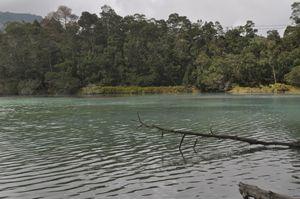 Telaga warna - Sulfur lake - Java