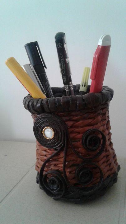 Pen Holder - Kavitha Creatives