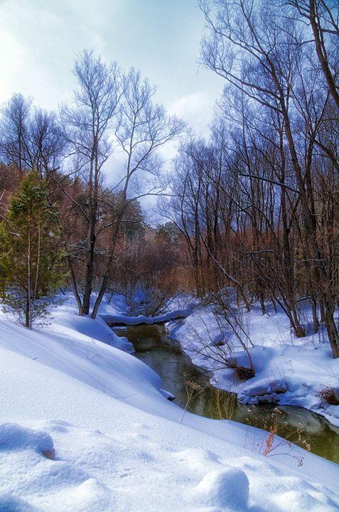 Spring. River. Snow - mnwind