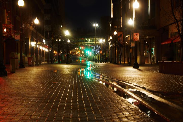 Downtown Alley - Havalah's Photography