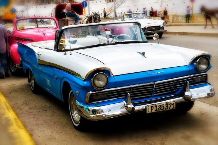 Ford Fairlane, Havana, Cuba - Michael Barone Photography