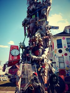 Detroit Heidelberg Project shrine