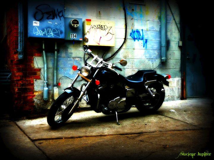 Royal Bike - Nuclear Jupiter Photography
