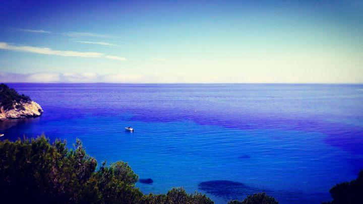 《The blue sea》 - HaiyanWang