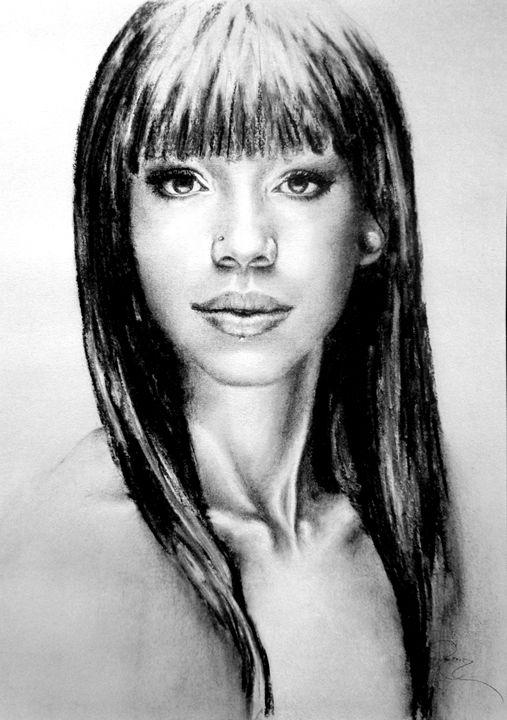 Alessandra portrait, charcoal, B4 - rogerioarte