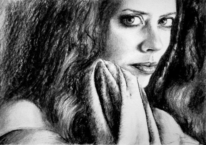 joana portrait, charcoal, A4 - rogerioarte