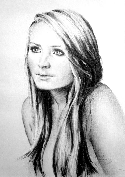Karen portrait, charcoal, B4 - rogerioarte