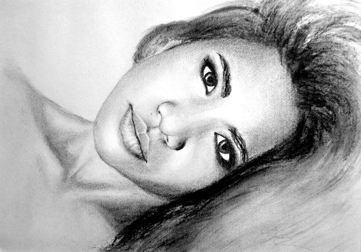Rita portrait, charcoal, B4 - rogerioarte