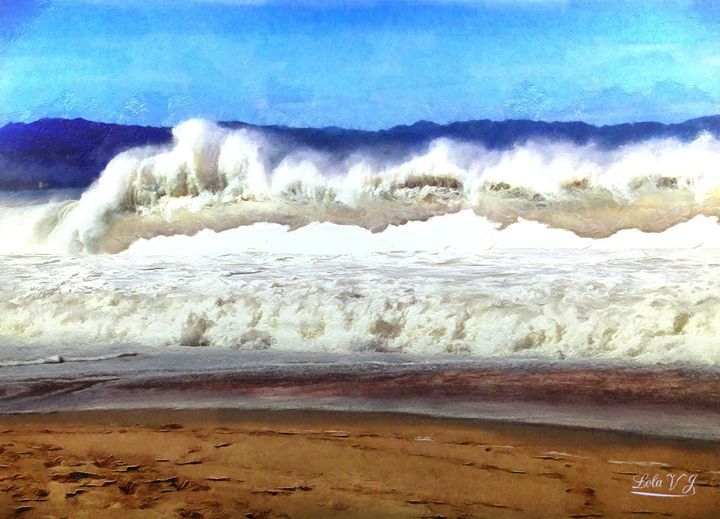 Angry Ocean, Hurrican Waves - Your Treasures by Lola