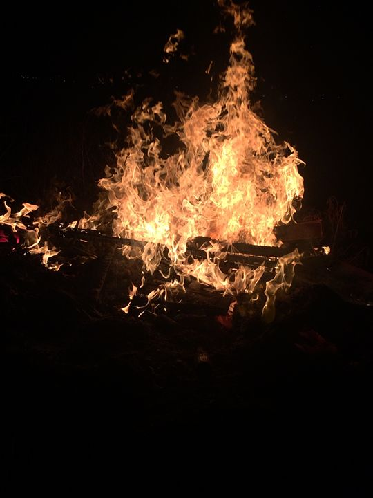 Flames - Kawrlowz