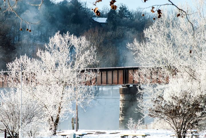 Frosted Trestle - Persinger Creations
