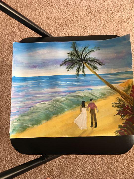 Couple waking on the beach - Creative hands