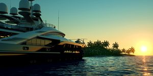Super Yacht Sunset Palms Luxury