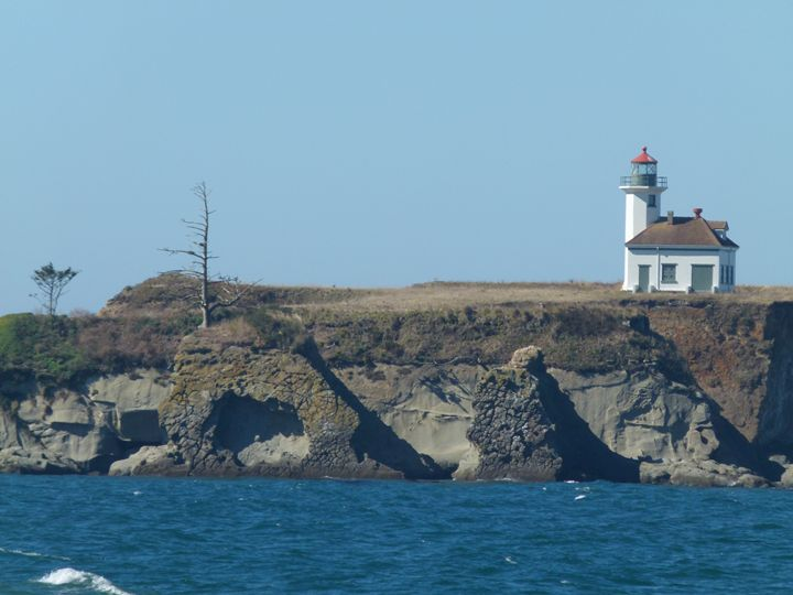 DISTANT LIGHTHOUSE - Kimberly's Kreations