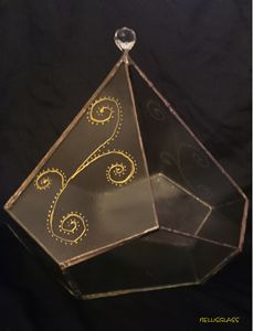 Diamond glass decor