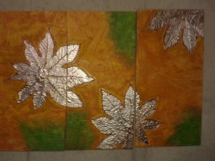 """""""Silver Leaves"""" pic 1 of 7 - Light/Luz"""