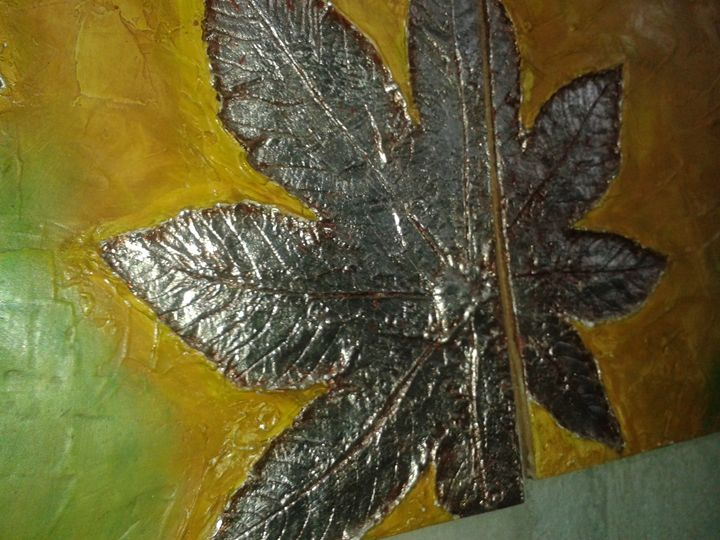 """""""Silver Leaves"""" pic 3 of 7 - Light/Luz"""