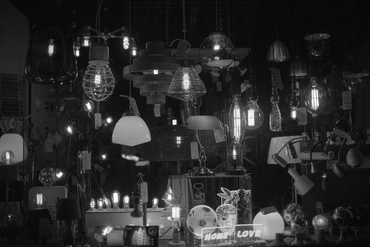 Lights - Nini Blanco