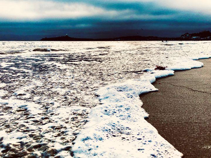Receding Wave, California Coast - Sara Anne Love