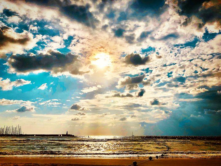 חוף הילטון- Tel Aviv - Sara Anne Love