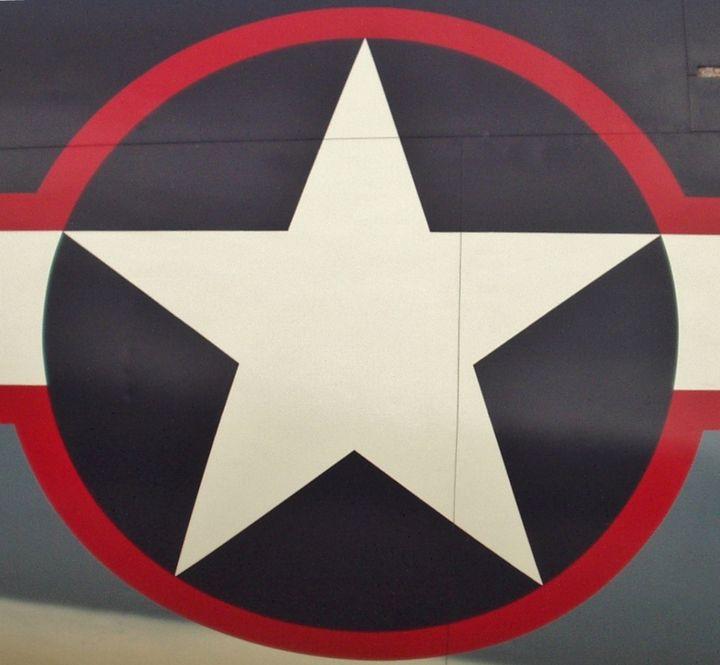 The War's Logo - Ben Salomonsky Photographic Designs