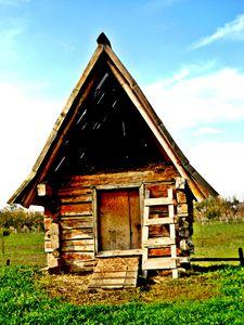 Ethno house photo