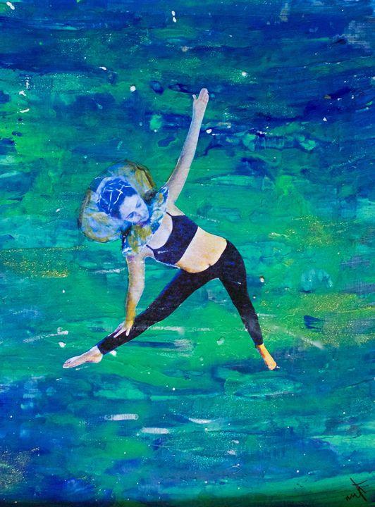 Pearl 5 - Amanda M Pamas Art