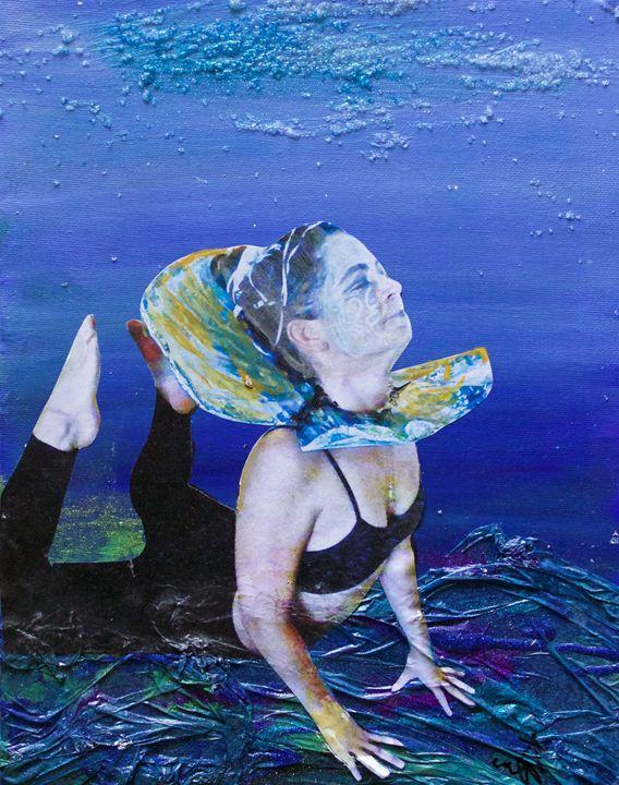 Pearl 7 - Amanda M Pamas Art