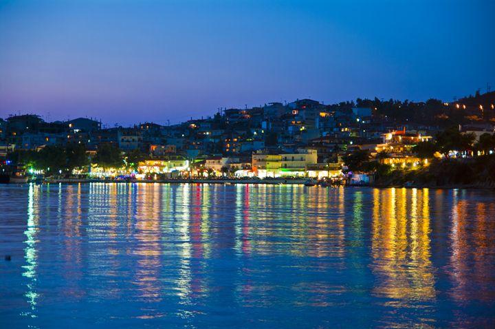 City lights in Neos Marmaras - Gabor Szabo photography