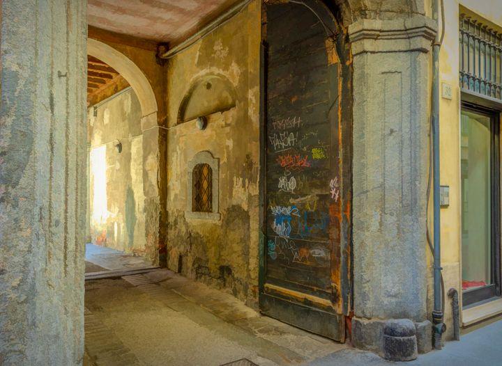 Como Italy Street Scene - Doug Wielfaert Photography