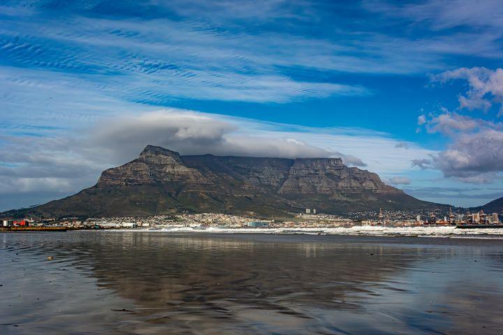 Table Mountain from Lagoon Beach - Doug Wielfaert Photography