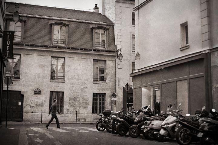 Rue de Sevigne - Josh Milne Photography