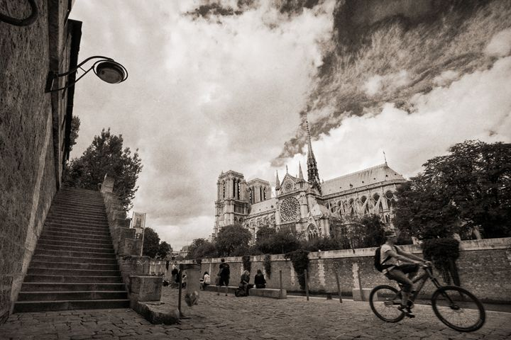 A Ride by Notre Dame - Josh Milne Photography