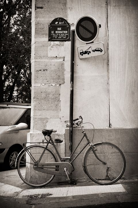 Paris Bicycle #3 - Josh Milne Photography