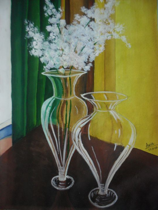 glass vase with white flower - Aspia