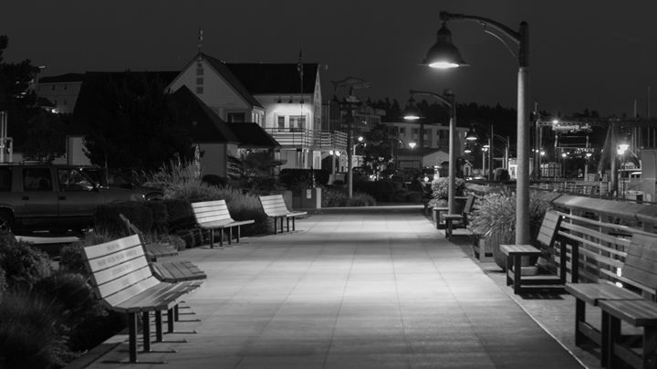 Empty night - YURI LEVCHENKO PHOGRAPHY