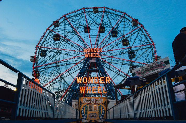 Wonder Wheel Lite - Sean Tracy