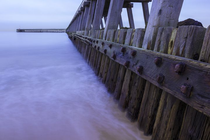 South Pier, Blyth Harbour. - John Cox Photography and Fine Art