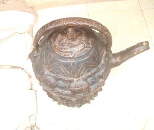 Antique kettle - Okearts African Exhibitions