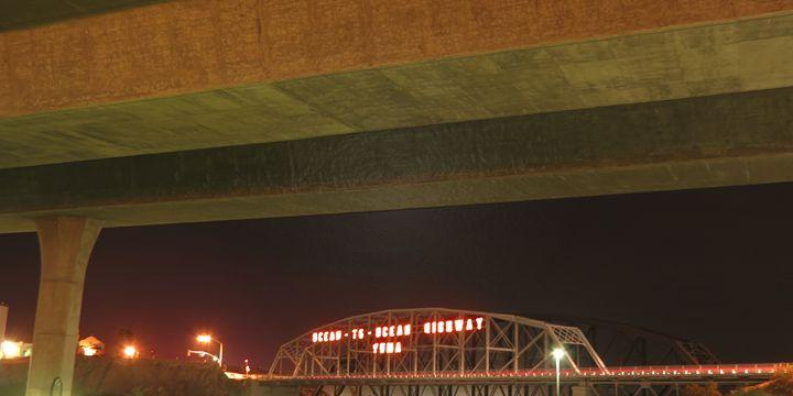 Bridgen the Gap - BIG Teezy