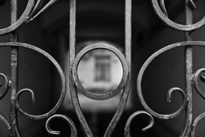 Closed courtyard entrance - Andrii Bilonozhko