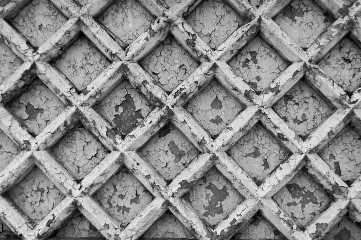 Old reinforced concrete fence - Andrii Bilonozhko