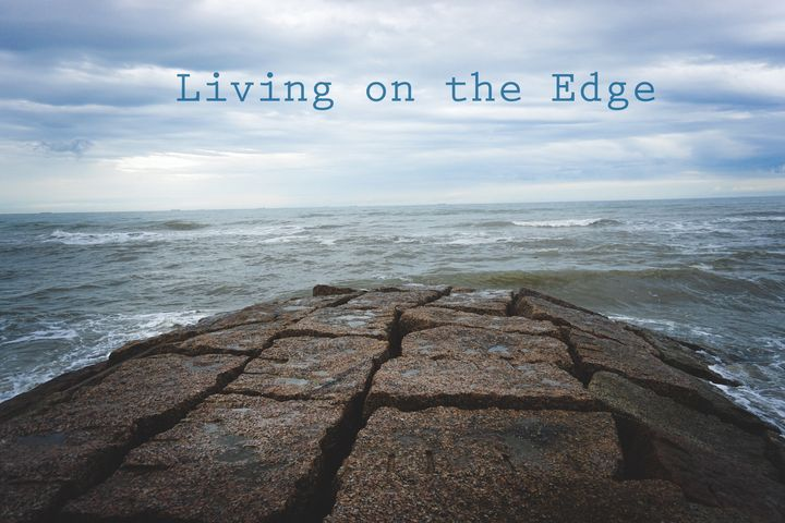 The Edge to the Sea - Luna Shine's Photography