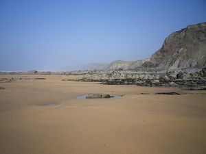 SANDYMOUTH BEACH LOW TIDE CORNWALL