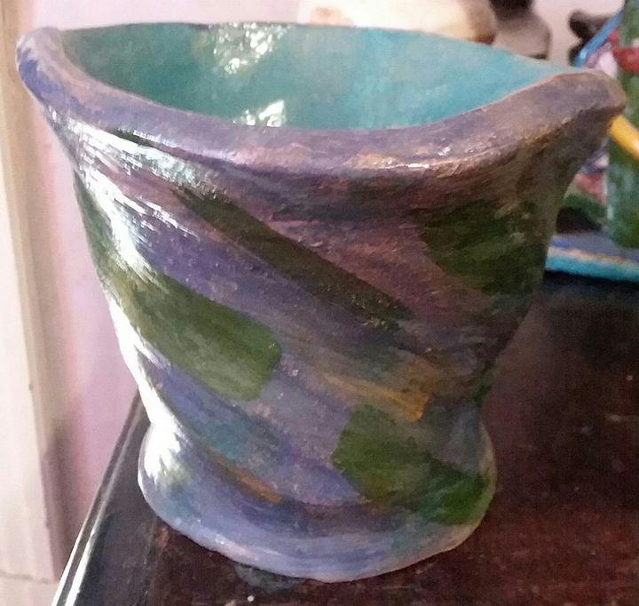 Handmade ceramic vase/cup sale - Bunni's Originals