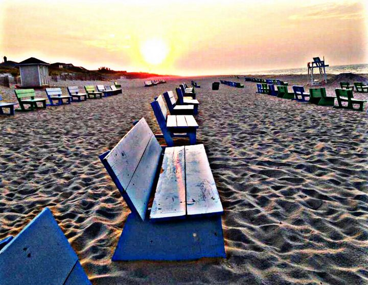 Seats by the Sea - The Halo Effect