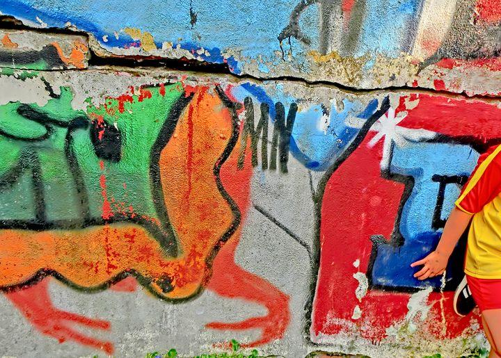 Four fingered Graffito Phantom - Edgar's photography & art