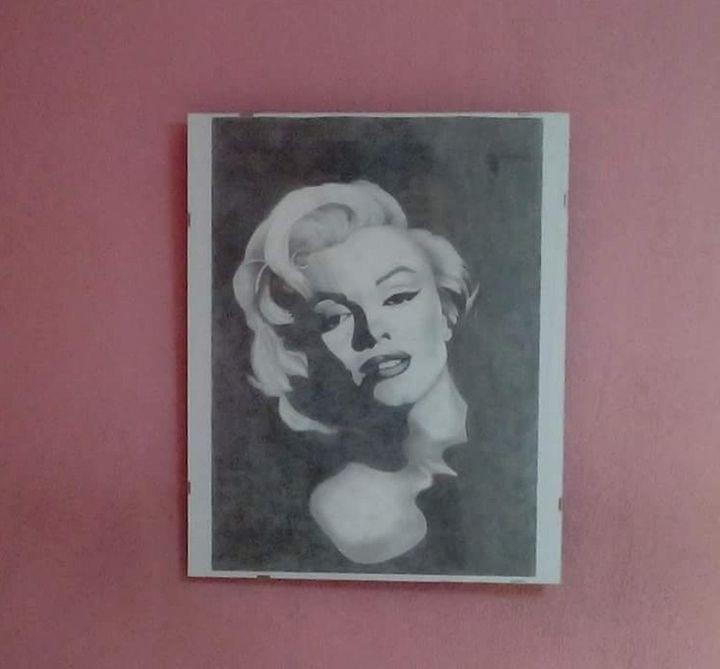 Marilyn Monroe Charcoal Portrait - Cathrine Artist