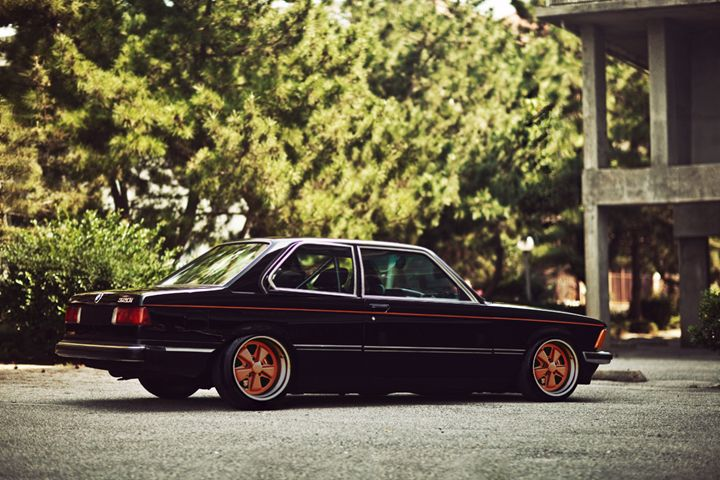 BMW E21 Fuchs alloys - StudioWolf