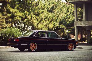 BMW E21 Fuchs alloys - StudioWolf
